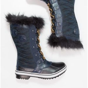 Sorel snow boots - navy - ALMOST GONE